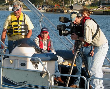 Texas parks wildlife filming catfish fishing on lake conroe for Texas parks and wildlife fishing report